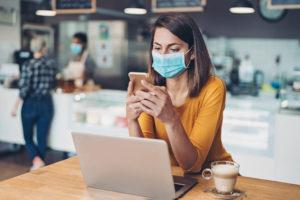 Facebook, Instagram e la mascherina